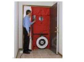 Blower door air tightness test